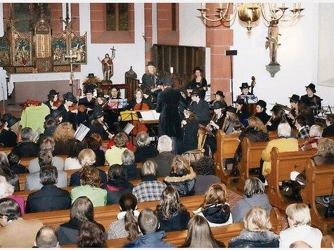 wild woodies auftritt in der alten pfarrkirche in Steinheim