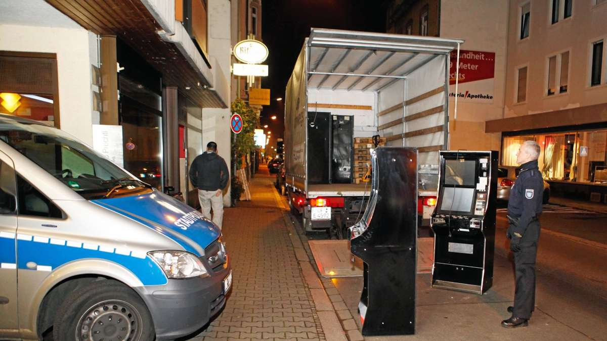 razzia in offenbach 51 spielautomaten beschlagnahmt schaden im sechsstelligen bereich offenbach. Black Bedroom Furniture Sets. Home Design Ideas