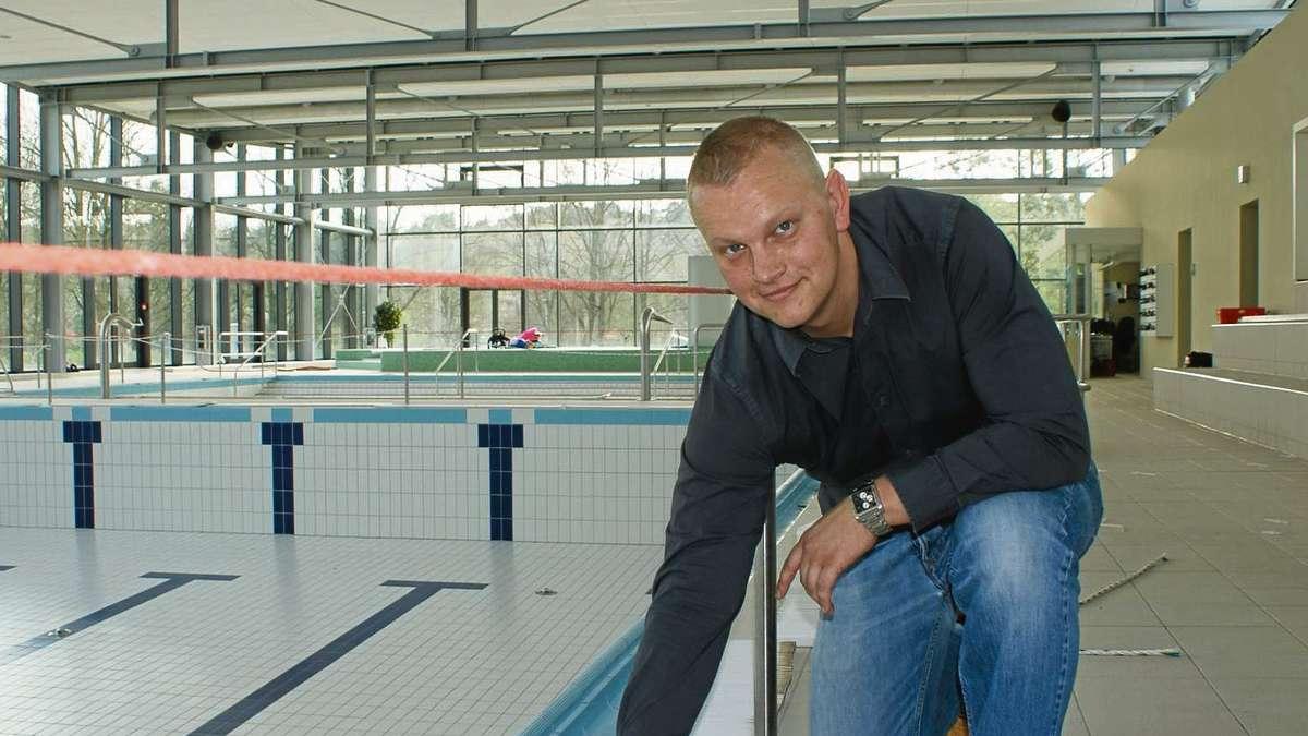Zus tzliche sicherung der deckenverkleidung im schwimmbad heusenstamm heusenstamm for Seligenstadt schwimmbad