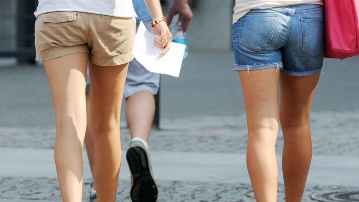 Andrestraße Offenbach: Mann fasst Frauen zwischen die