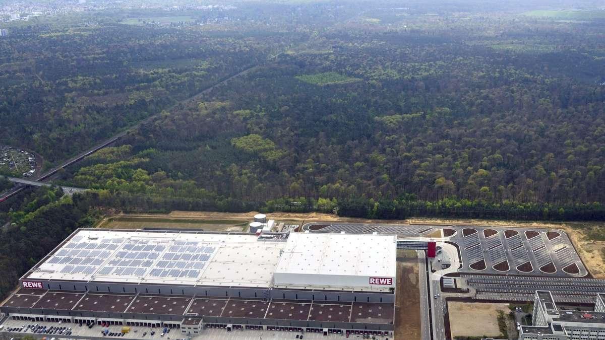 Rewe er ffnet riesenlager im neuen logistikzentrum in neu for Rewe obertshausen