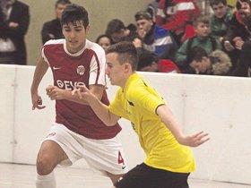 OFC rehabilitiert sich mit Platz eins in Ober-Roden - op-online.de