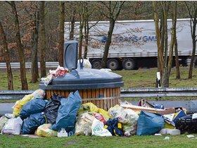 Zwischen Rödermark und Rodgau: Müllhalde am Rand der B 45 - op-online.de