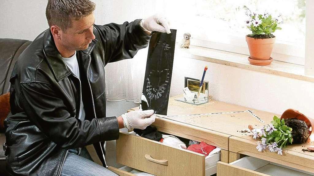 nach einbruch in r dermark sitzt der schock tief r dermark. Black Bedroom Furniture Sets. Home Design Ideas
