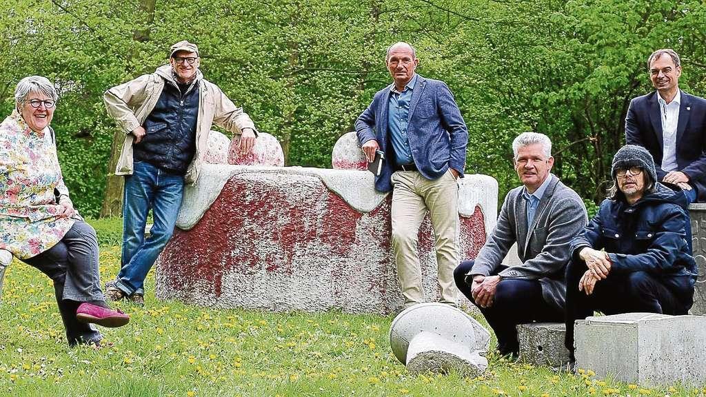 kunstwerke des skulp touren parks in dietzenbach werden. Black Bedroom Furniture Sets. Home Design Ideas