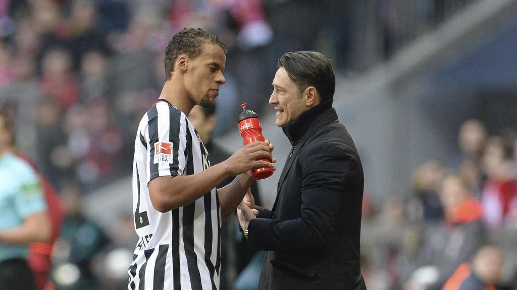 Eintrachts Co-Trainer Robert Kovac schnappt Dieb
