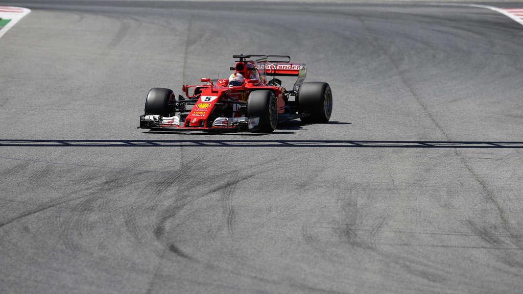 Formel 1: Hamilton holt Pole in Barcelona vor Vettel