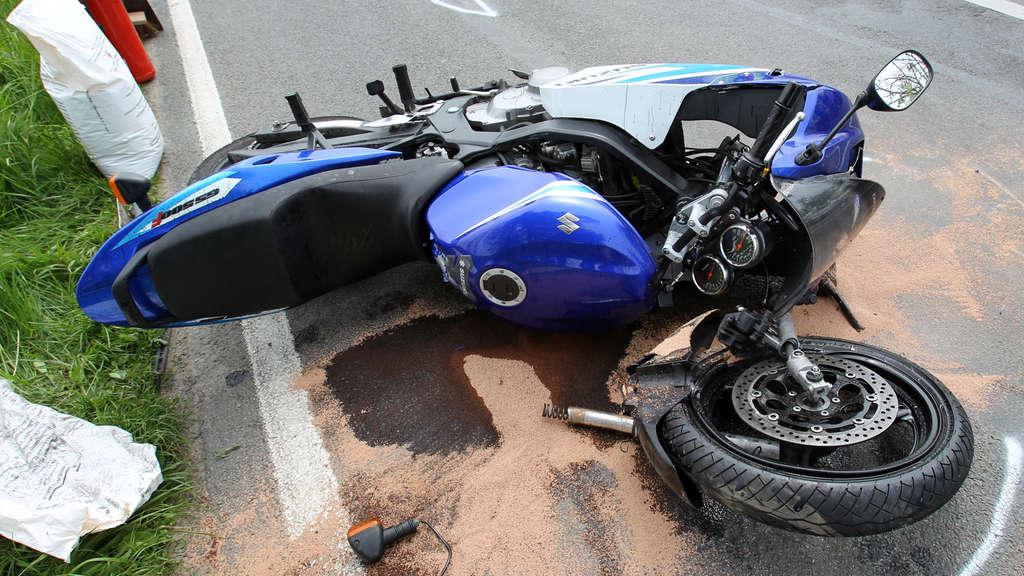 Gaffer von Motorradunfall stellt sich der Polizei