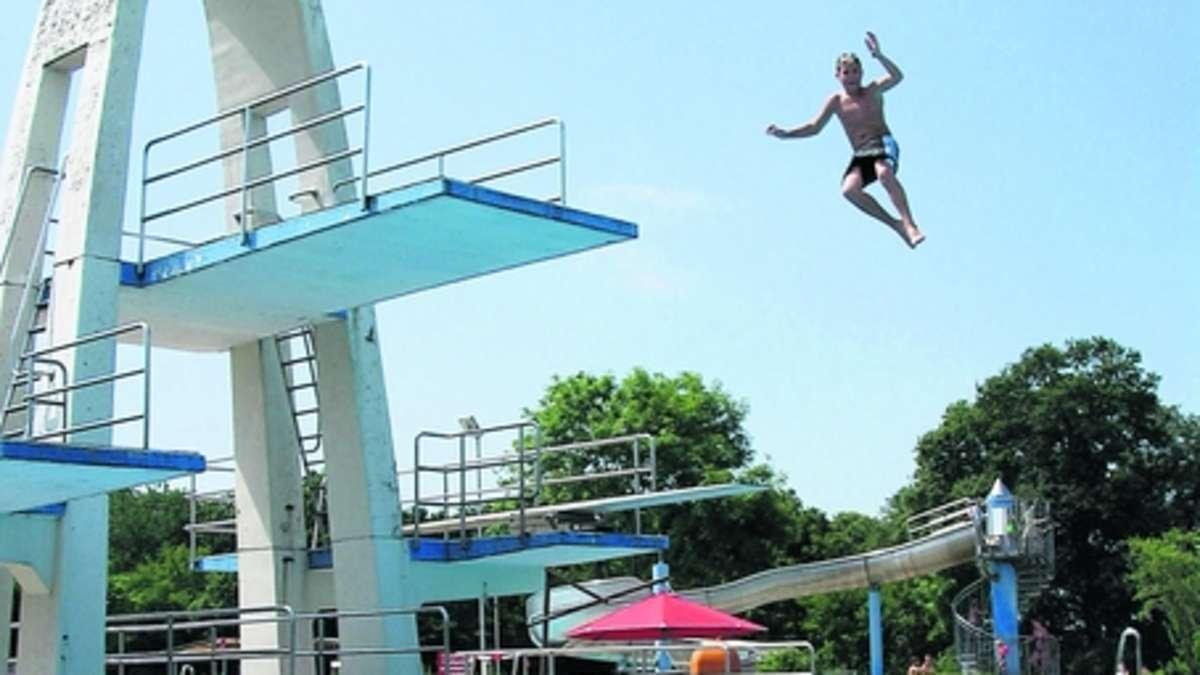 Waldschwimmbad soll am 11 mai in die saison starten dietzenbach for Seligenstadt schwimmbad
