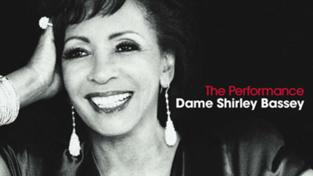 "Dame Shirley Bassey mit ihrem neuen Album ""The Performance"""