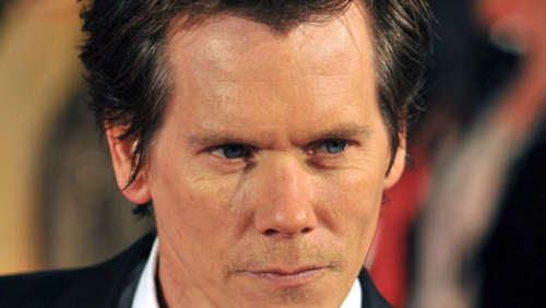 Kevin Bacon spielt in