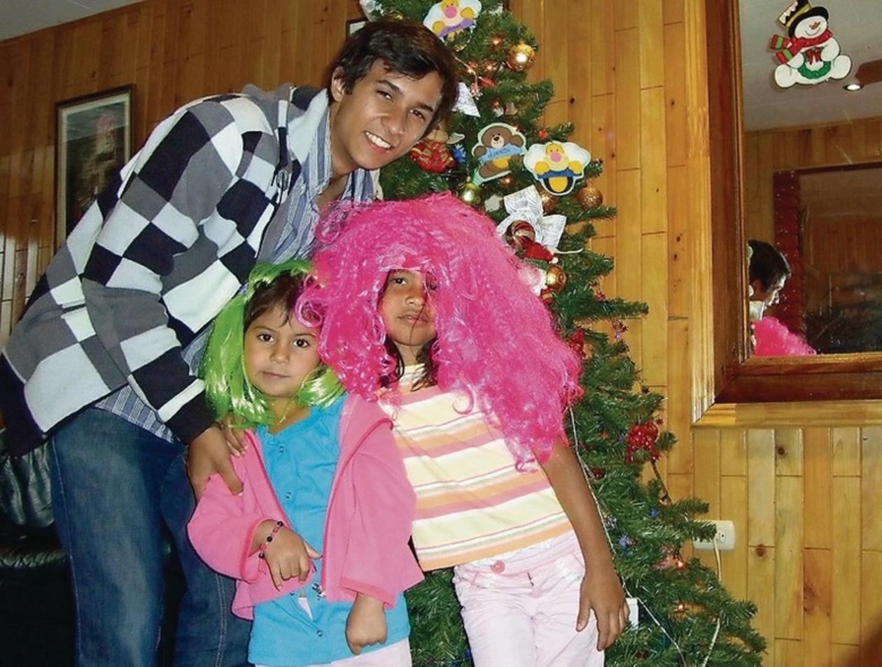 Kitschige Weihnachtsbeleuchtung.Der Offenthaler Amin Kachabia Verlebt Auch Weihnachten In Costa Rica