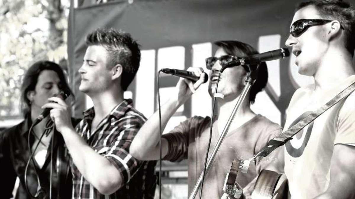 Sunshine Conspiracy Mit Lockerer Akustikmusik In Der Kommune 2010