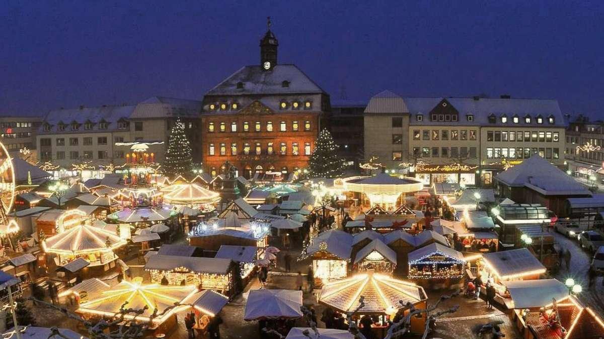 Weihnachtsmarkt Hanau.Endspurt Beim Weihnachtsmarkt Auf Dem Marktplatz Hanau Hanau