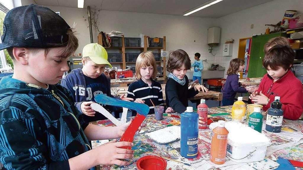 """Geburtstagsfete """"20 Jahre Regenbogenschule"""" mit Gruppenfoto mit den ..."""