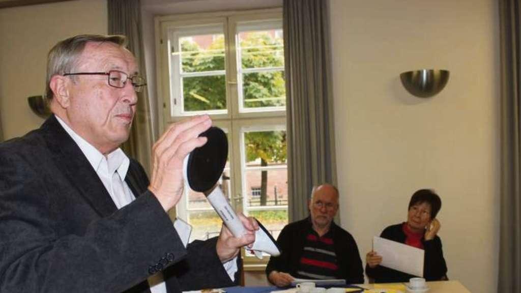 Architekt Hanau senioren in hanau informieren sich bei mobiler wohnberatung hanau