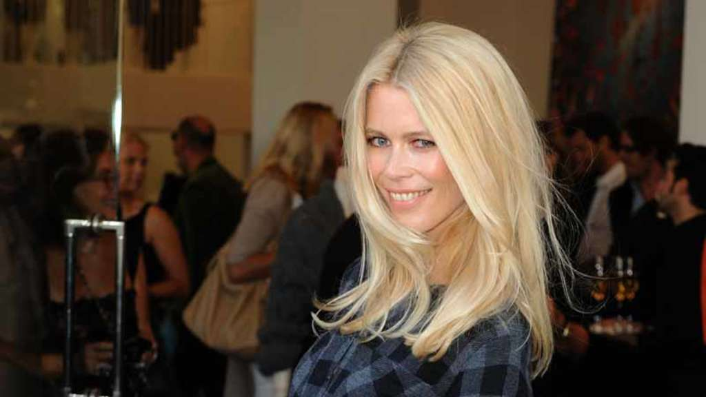 Claudia Schiffer, Fashion Hero