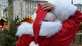 Weihnachtsfeier Hessen.Randalierer Auf Dem Weihnachtsmarkt In Darmstadt Schlägerei Auf