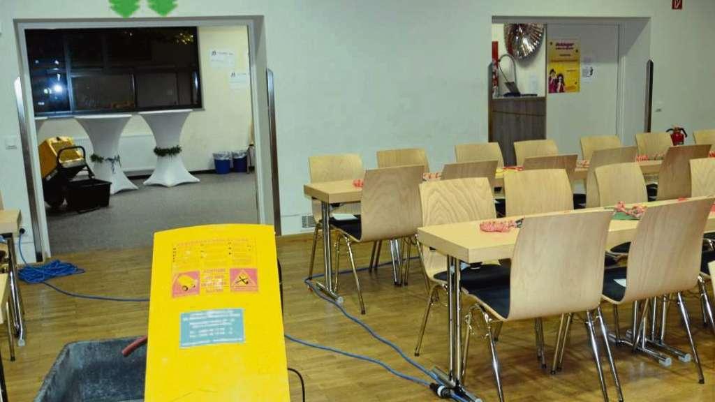 Parkett Hanau kf gegen wasserschäden in kulturhalle hanau steinheim messungen