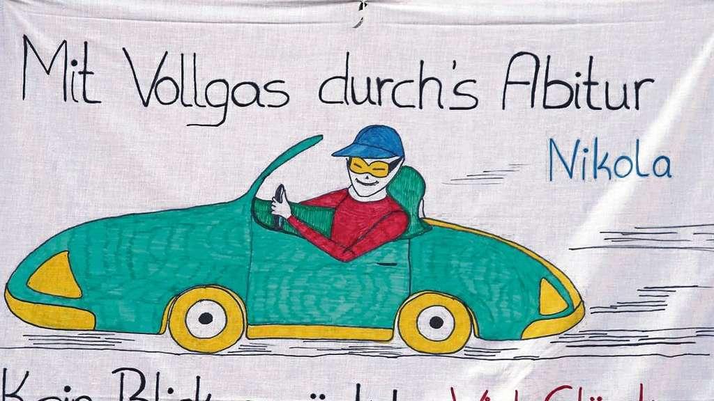 Moralische Unterstützung Am Schulzaun