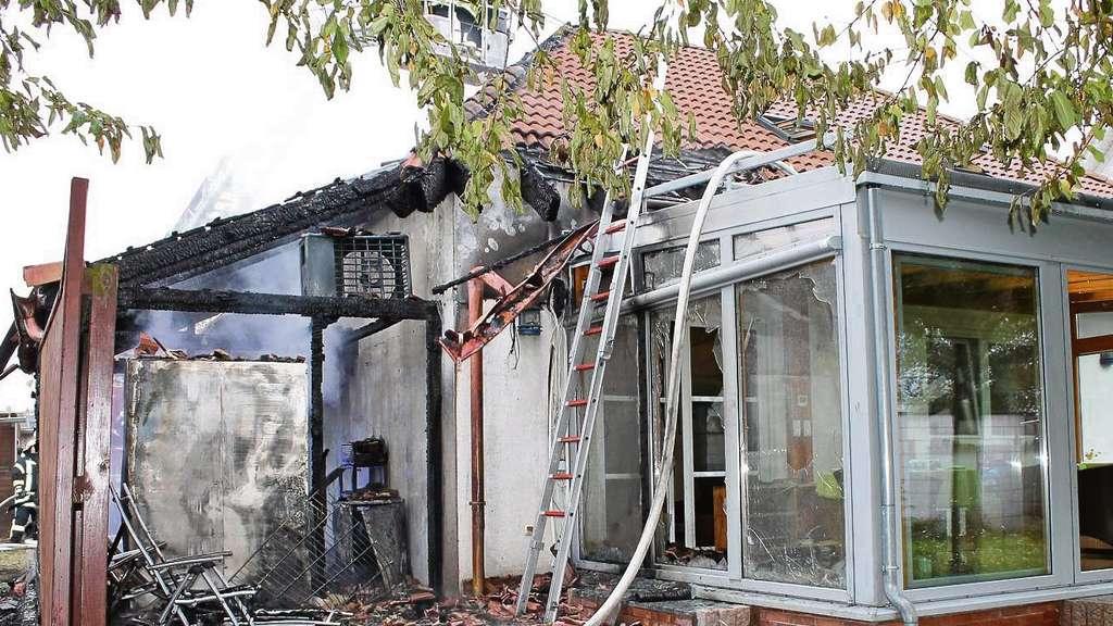 brand in dudenhofen vier monate nach dem feuer in der uhlandstra e 8a ist das haus eine. Black Bedroom Furniture Sets. Home Design Ideas