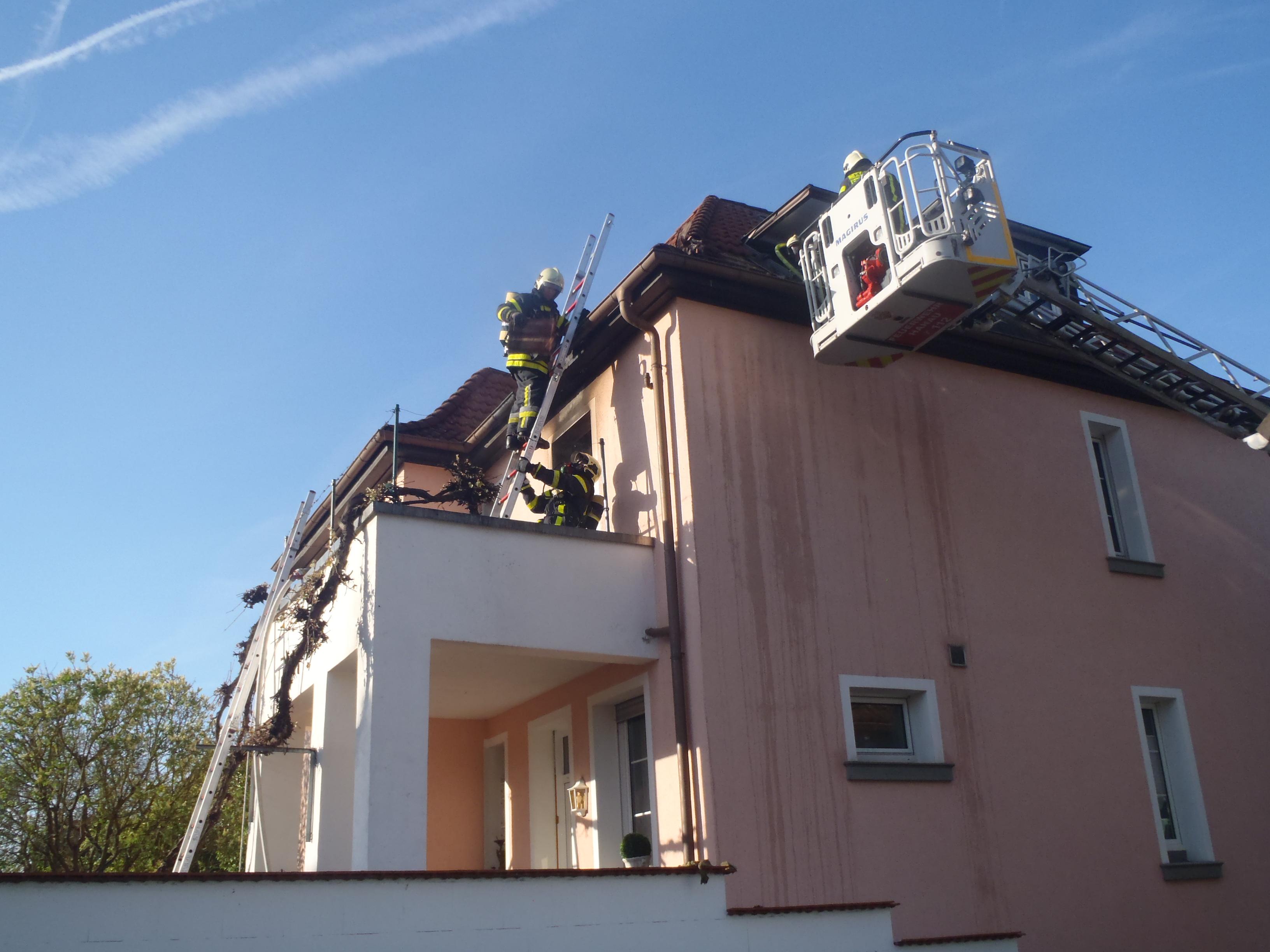 Brand in Hanau Steinheim Feuerwehr stundenlang