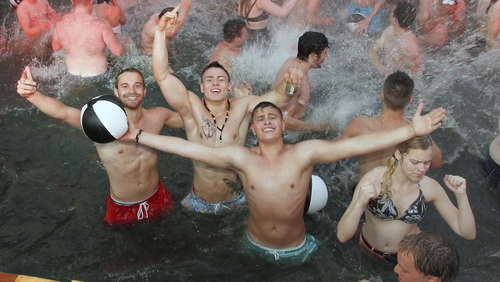 Bilder zur Beachparty 2015 in Mainflingen