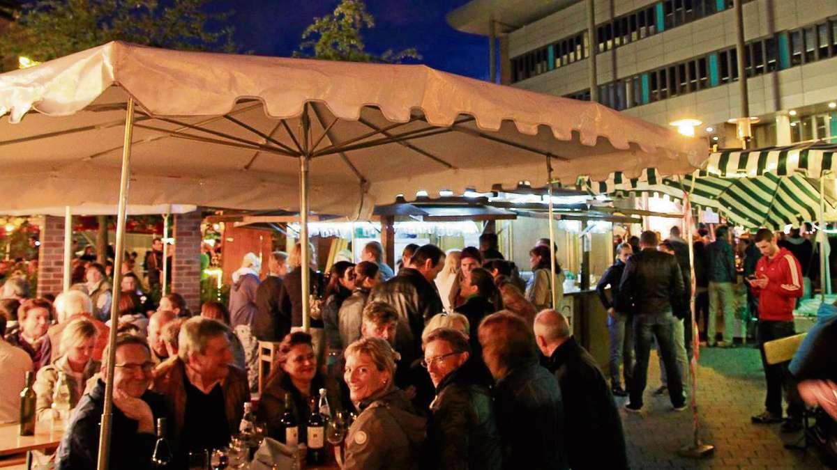 Weinfest auf dem europaplatz in dietzenbach trotzt dem for Europaplatz 4 darmstadt