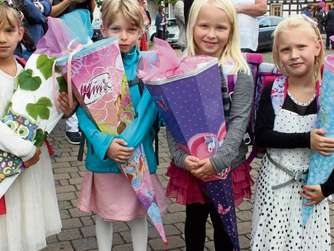 Kennen sich schon aus dem Kindergarten und gehen jetzt gemeinsam auf die Markwaldschule (von links): Maja, Sofia, Hanna und Marie.