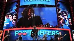 Foo Fighters widmen Gratis-Album den Opfern von Paris