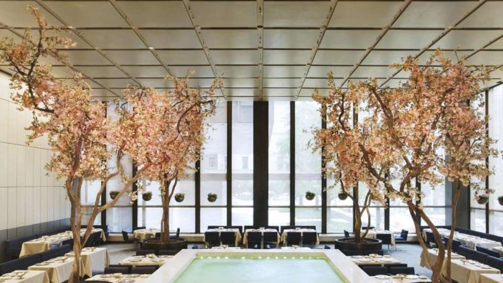"Der Innenraum des Restaurants ""Four Seasons"" in Manhattan. Foto: Jennifer Calais Smith"