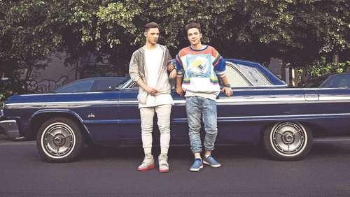 "Youtube-Zwillinge ""Die Lochis"" im Exklusiv-Interview"