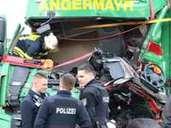 Stau Auf A3 Nach Lkw Unfall Bei Limburg Hessen