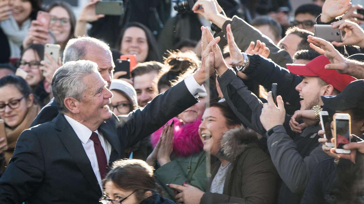 Ticker Bundespräsident Joachim Gauck Zu Gast In Theodor Heuss