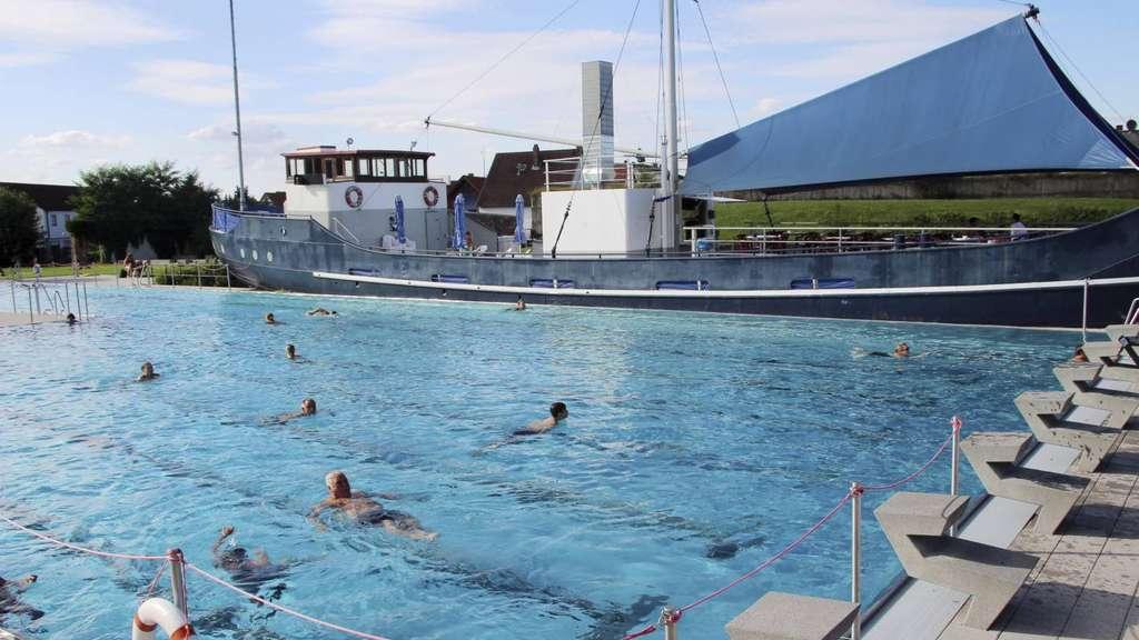Schwimmbad in babenhausen statt nur euro weniger kosten babenhausen for Seligenstadt schwimmbad