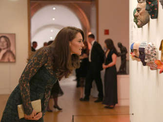 Herzogin Kate besucht National Portrait Gallery