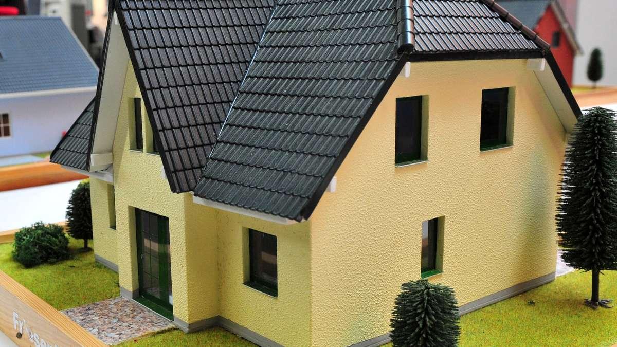 mehr wohnraum auf weniger fl che in hessen hessen. Black Bedroom Furniture Sets. Home Design Ideas