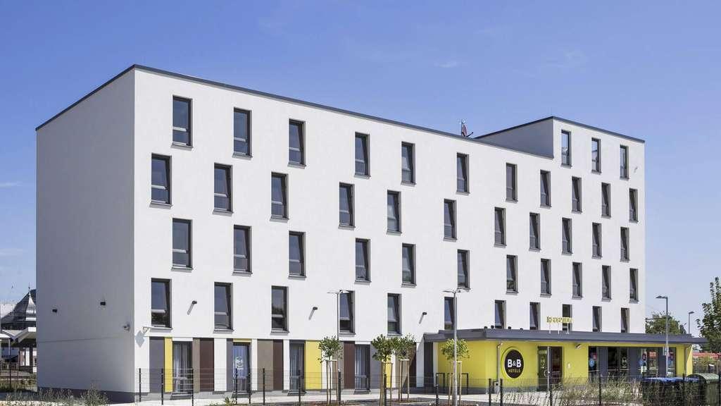Architekten Hanau kritik an der schlichten architektur bahnhofshotel in hanau wie ein