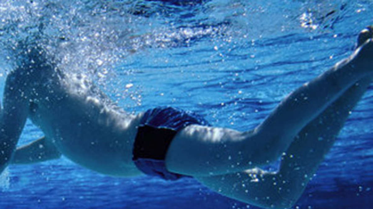 Darmstadt 50 jahre alter mann bel stigt 15 j hrigen in schwimmbad darmstadt for Seligenstadt schwimmbad