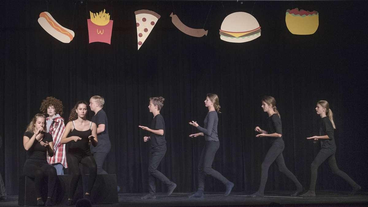 Langen Theater Ag Spielwerk Der Dreieichschule Bringt Momo Von