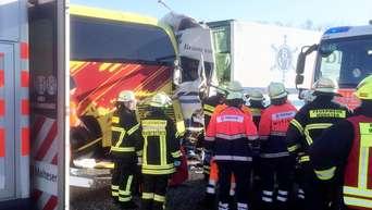 Unfalle Auf Der A3 Bei Limburg Und Idstein Drei Tote Und Viele Verletzte Hessen