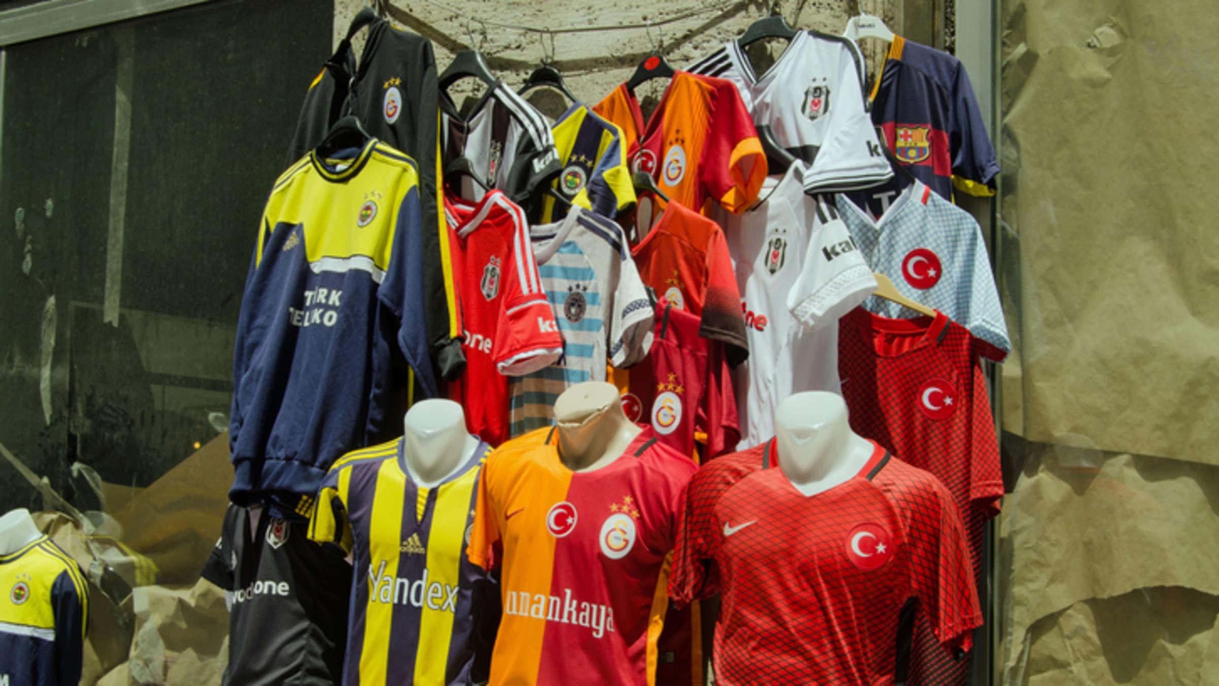 Fußballtrikots » Fußball in grau im Online Shop von