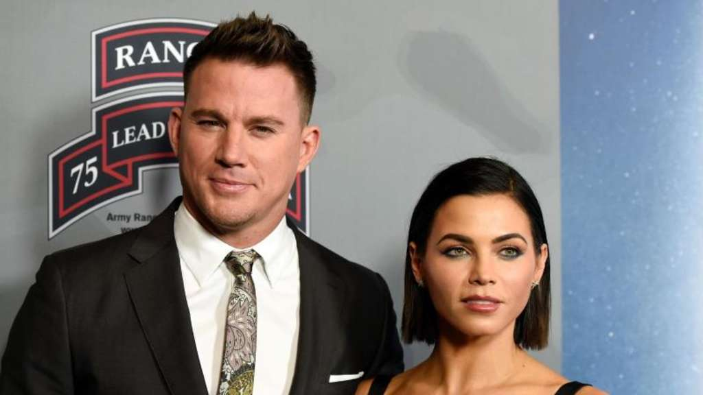"Channing Tatum (l) und seine Frau Jenna Dewan Tatum bei der Premiere des Films ""War Dog: A Soldier&#39s Best Friend"". Foto: Chris Pizzello"