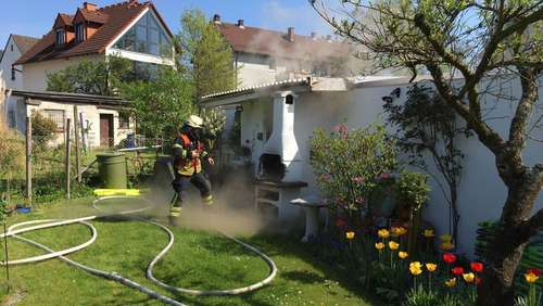 Brand, Gas und Kind in Not
