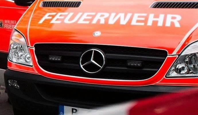 Httpswwwop Onlinedehessenschuesse Fahrendem Auto Giessen