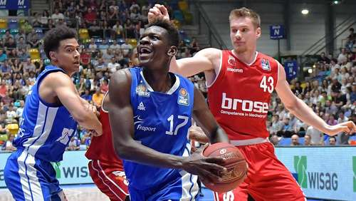 Isaac Bonga will mit Los Angeles Lakers die Meisterschaft holen