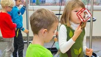 Kindergartenkinder Und Grundschüler Im Mini Mathematikum