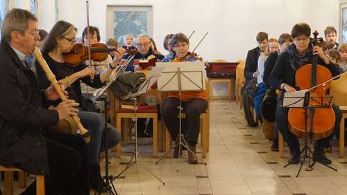 Spontanorchester in der Waldkapelle