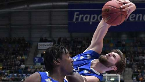 Basketball: Skyliners-Center holt in Göttingen zwölf Rebounds