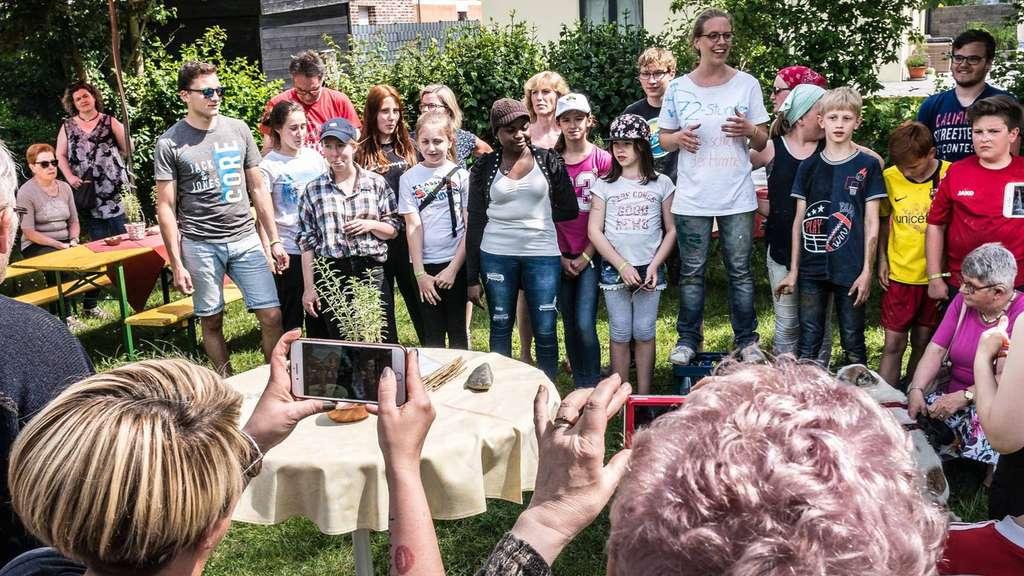 Eppertshausen Hessen: Aktion Der Katholischen Jugend Für